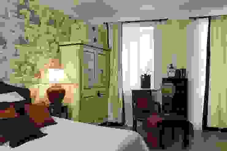 Китайская спальня Спальня в классическом стиле от СТУДИЯ ЮЛИИ НЕСТЕРОВОЙ Классический