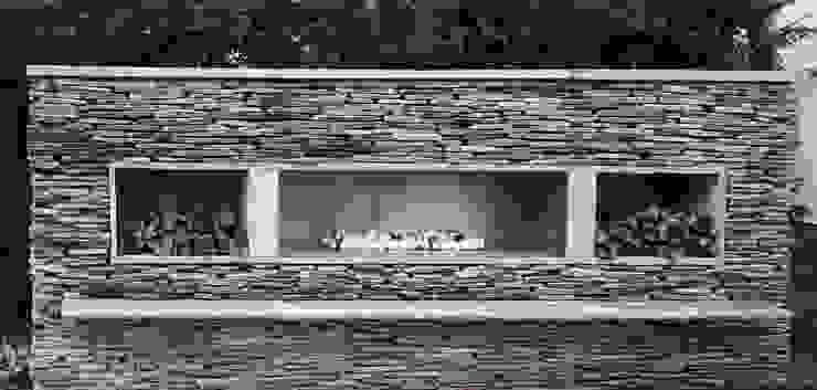 Felsted Place Modern Garden by Aralia Modern Slate