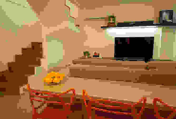 Apartamento Lago Norte Salas de estar modernas por Carpaneda & Nasr Moderno