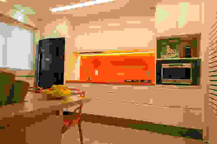Apartamento Lago Norte Cozinhas modernas por Carpaneda & Nasr Moderno