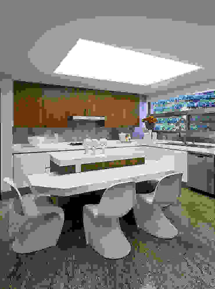 Ruang Makan Modern Oleh Olivia Aldrete Haas Modern