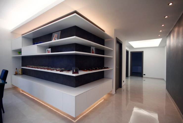 Nowoczesny salon od Andrea Orioli Nowoczesny