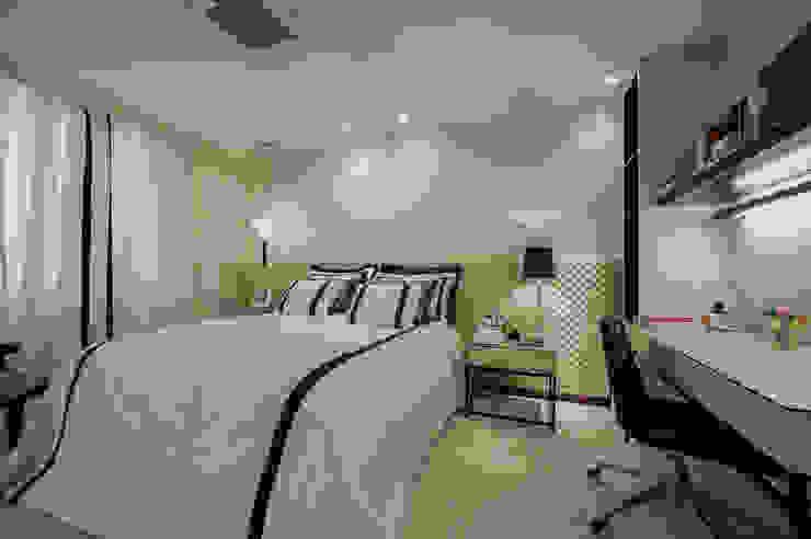 Quartos Residência em Brasília Quartos clássicos por Rosangela C Brandão Interiores Clássico