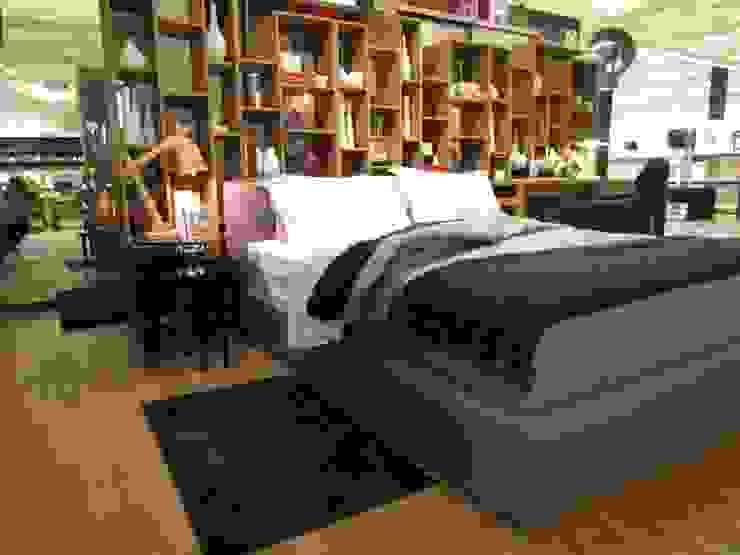 Dormitório para o Casal Descolado Quartos modernos por MIS Arquitetura e Interiores Moderno