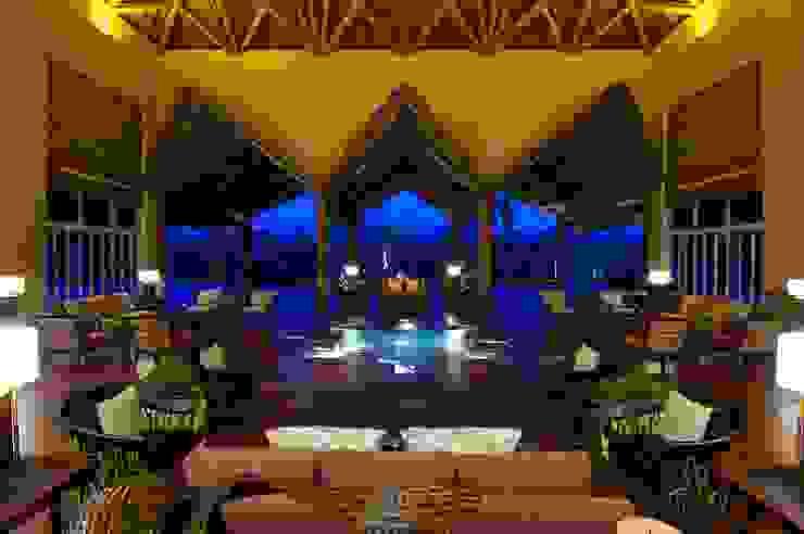 Lobby Zen Grand. de MC Design Ecléctico Ratán/Mimbre Turquesa