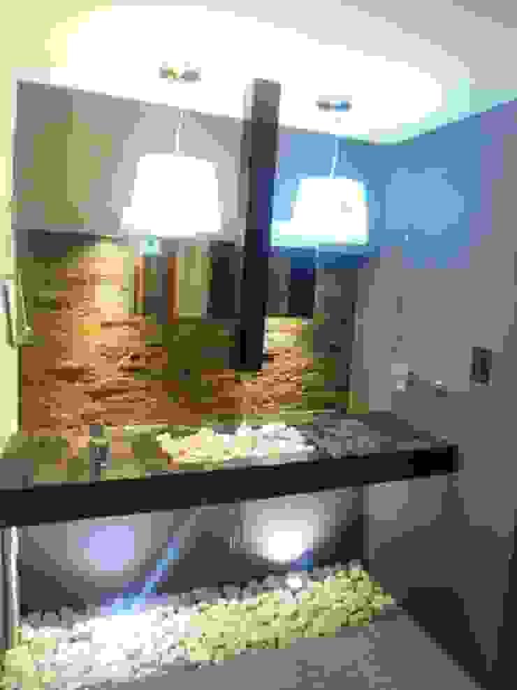 baño compartido Baños eclécticos de bello diseño! Ecléctico