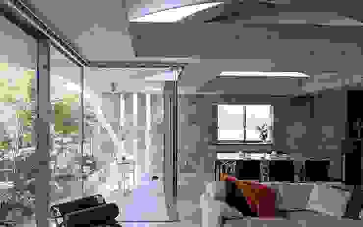 二段テラスの家 オリジナルデザインの テラス の AMO設計事務所 オリジナル