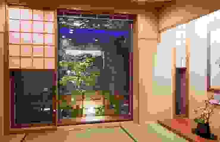二段テラスの家 オリジナルデザインの 多目的室 の AMO設計事務所 オリジナル