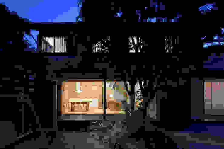 夜景 クラシカルな 家 の ろく設計室 クラシック