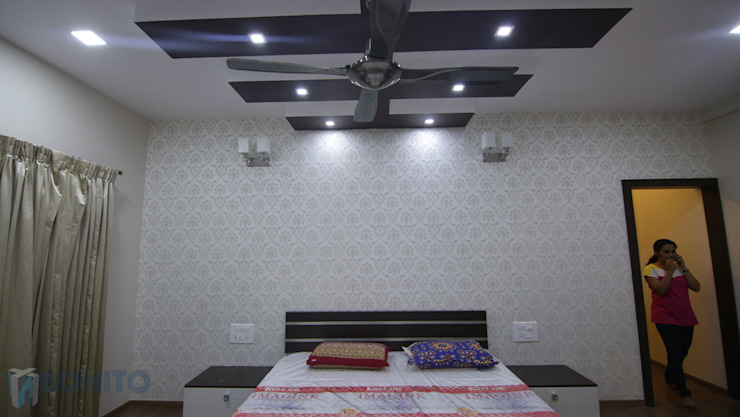 Bedroom headboard and false ceiling designs Asian style bedroom by homify Asian
