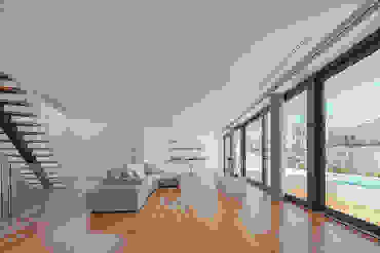 Salas modernas de JPS Atelier - Arquitectura, Design e Engenharia Moderno