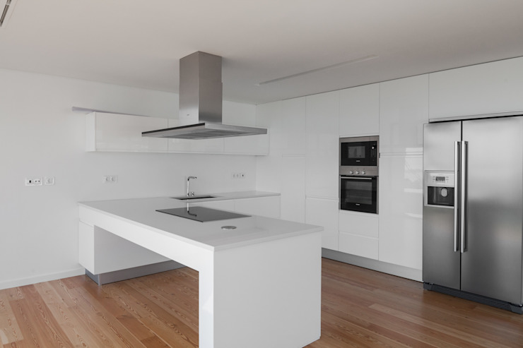 Kitchen by JPS Atelier - Arquitectura, Design e Engenharia,