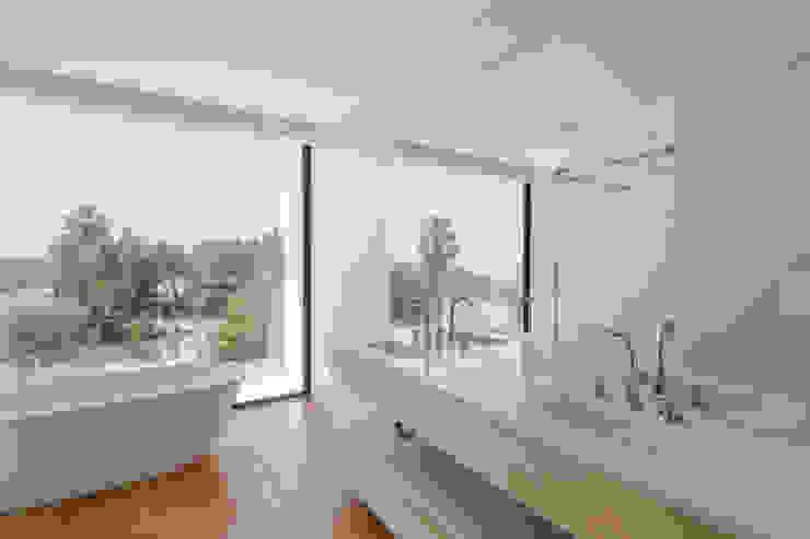 JPS Atelier - Arquitectura, Design e Engenharia Modern bathroom