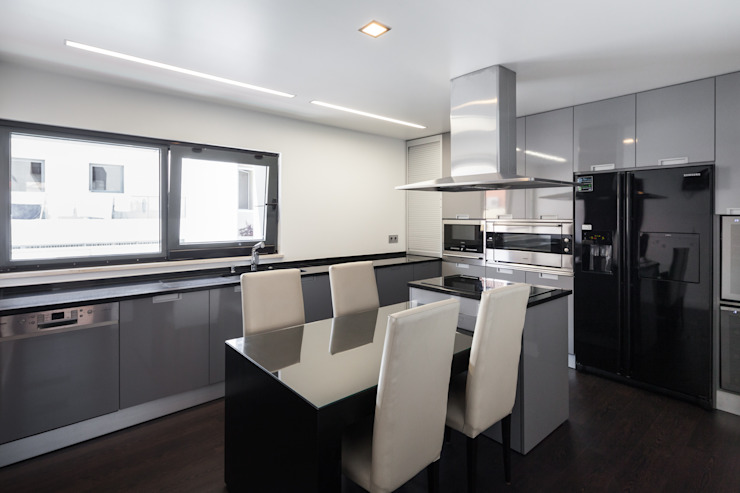 ML House Cozinhas modernas por JPS Atelier - Arquitectura, Design e Engenharia Moderno