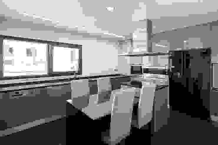 Cocinas modernas de JPS Atelier - Arquitectura, Design e Engenharia Moderno