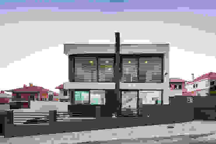 Дома в стиле модерн от JPS Atelier - Arquitectura, Design e Engenharia Модерн