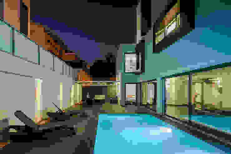 JPS Atelier - Arquitectura, Design e Engenharia 泳池