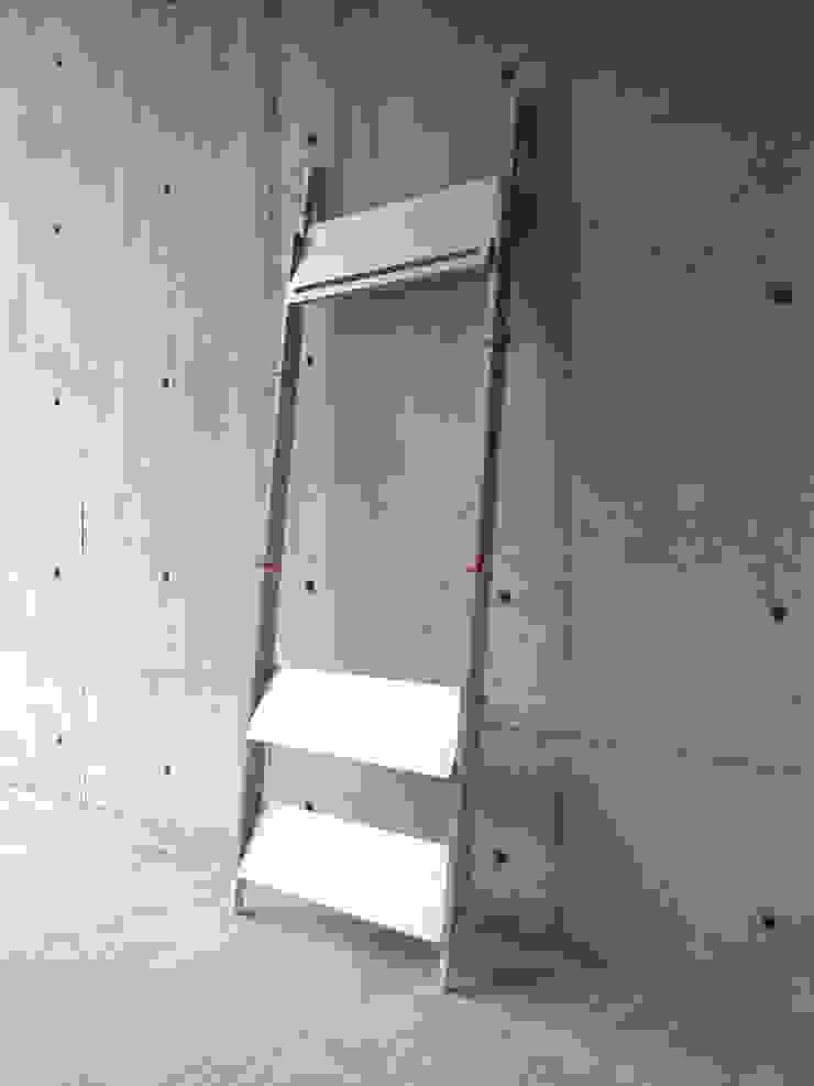 LADDER RACK – Tall: abode Co., Ltd.が手掛けたミニマリストです。,ミニマル