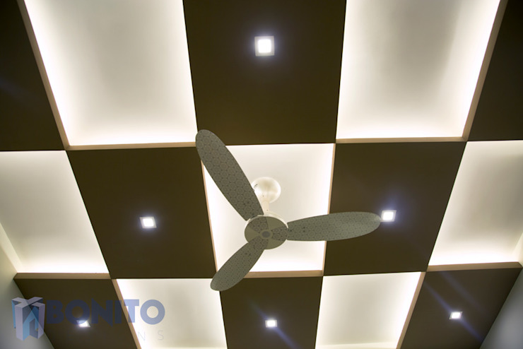 Living Checker patterned false ceiling design by homify Asian