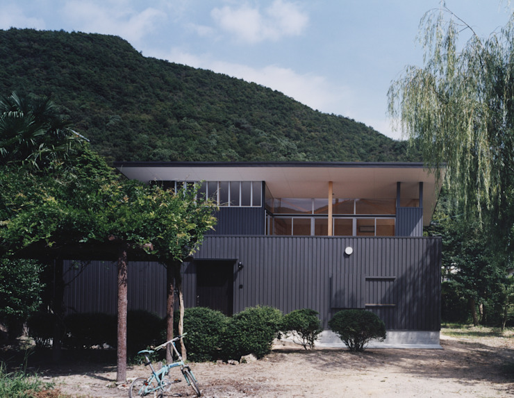 備前の家 モダンな 家 の 伊東建築計画室 モダン