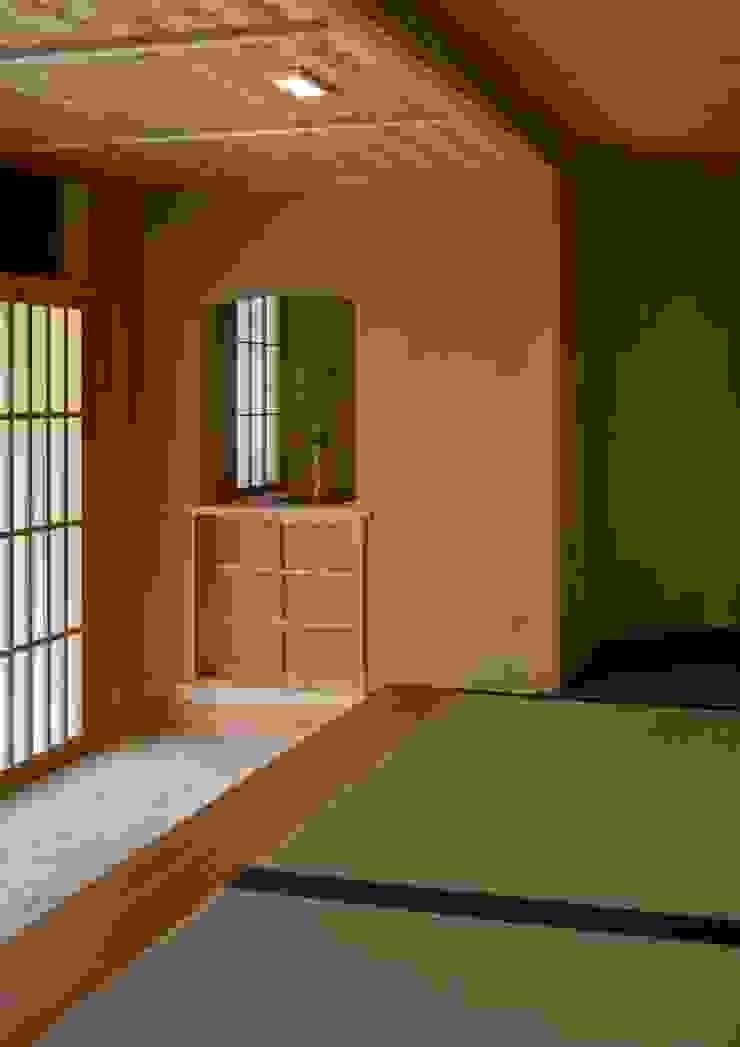 寺池台の家 モダンデザインの リビング の 伊東建築計画室 モダン