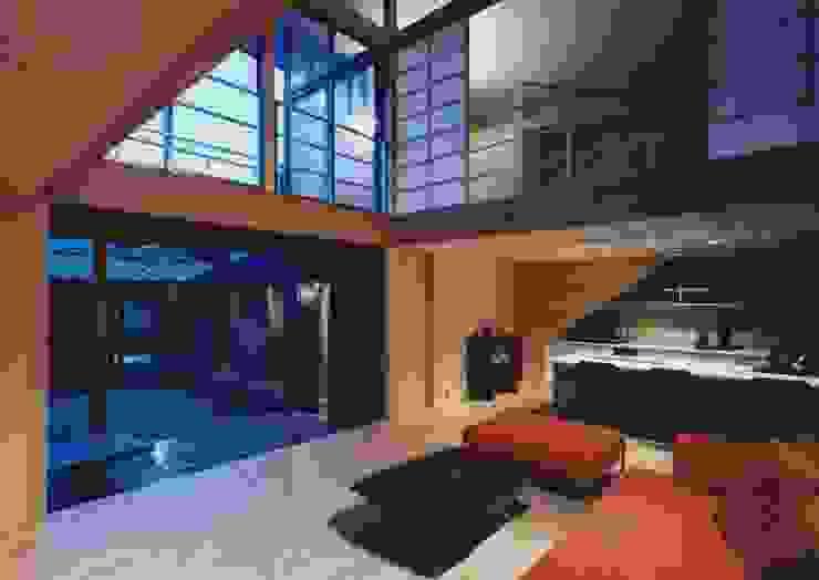 備前の家 モダンデザインの リビング の 伊東建築計画室 モダン
