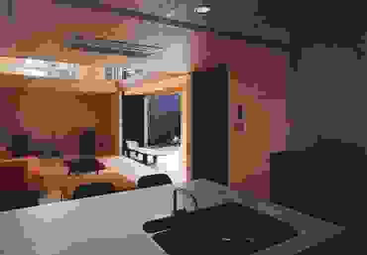 備前の家 モダンな キッチン の 伊東建築計画室 モダン