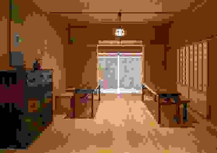 寺池台の家 モダンスタイルの寝室 の 伊東建築計画室 モダン