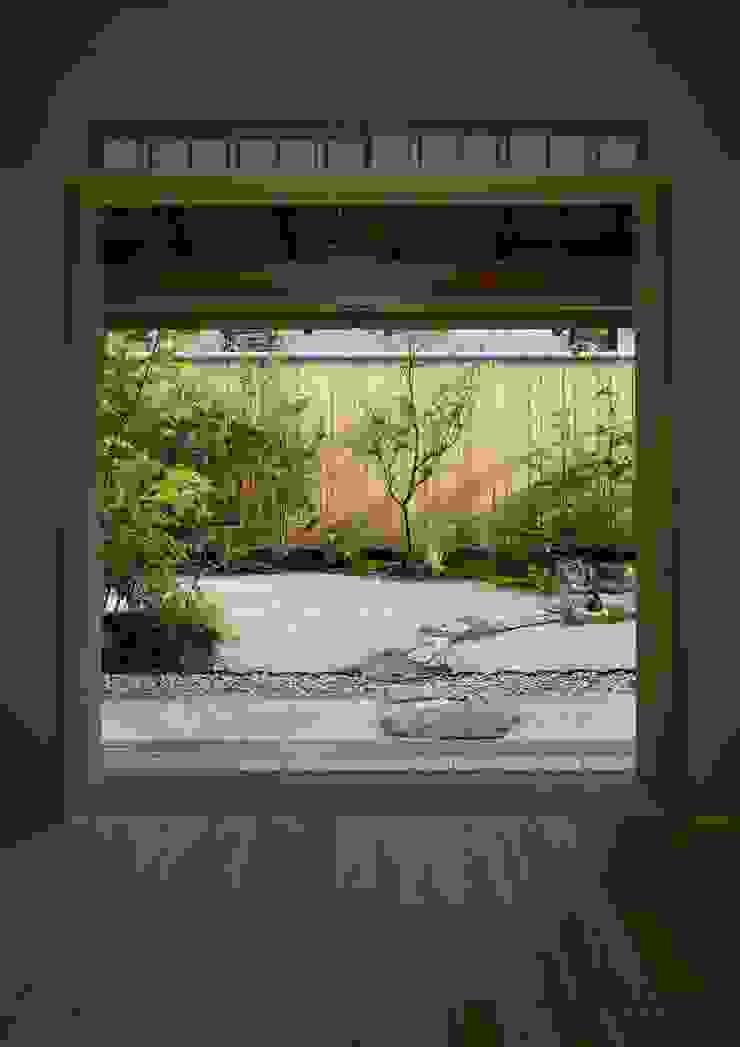 寺池台の家 モダンな 窓&ドア の 伊東建築計画室 モダン