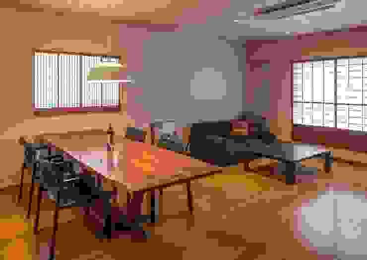 寺池台の家 モダンデザインの ダイニング の 伊東建築計画室 モダン