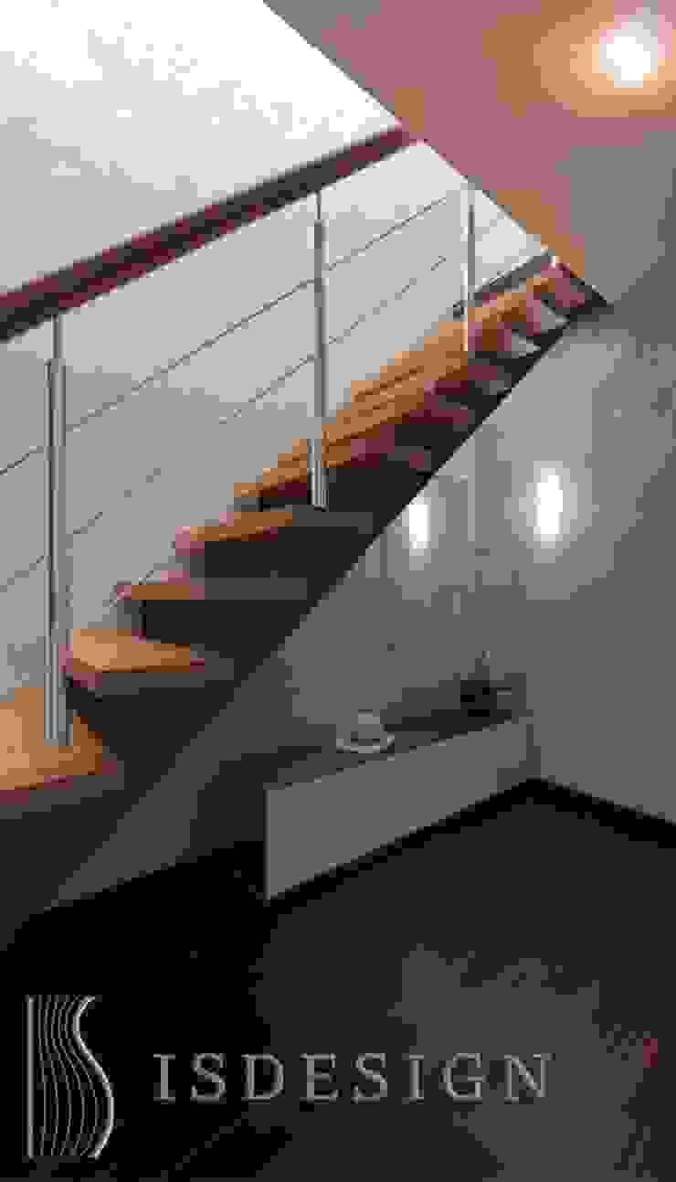 Прихожая Коридор, прихожая и лестница в классическом стиле от ISDesign group s.r.o. Классический