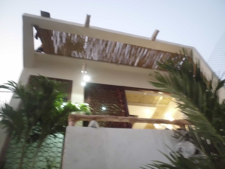 hueso de palma para terraza Balcones y terrazas eclécticos de bello diseño! Ecléctico