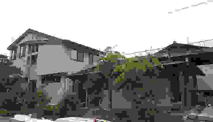 外観塗り壁 オリジナルな 家 の (有)岳建築設計 オリジナル
