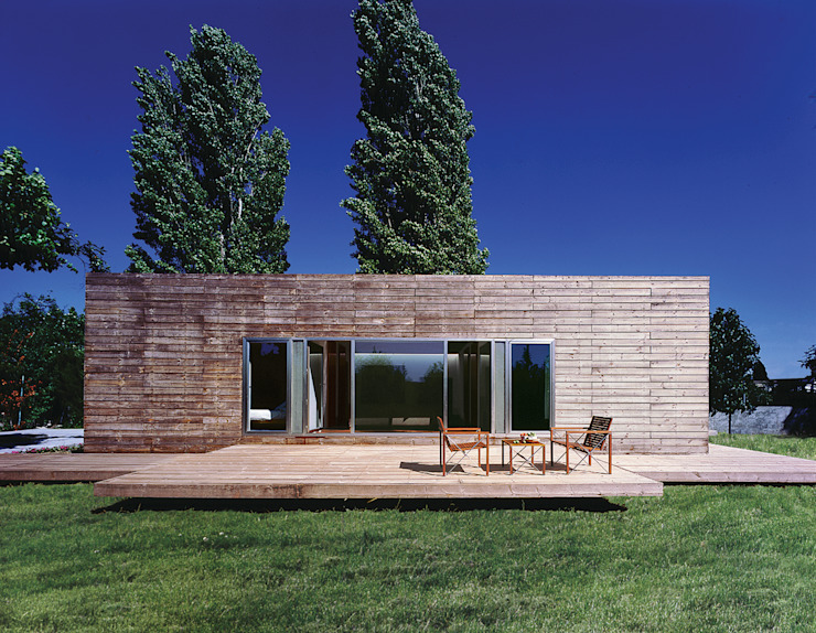 Houses by MARTIN MARTIN ARQUITECTOS,
