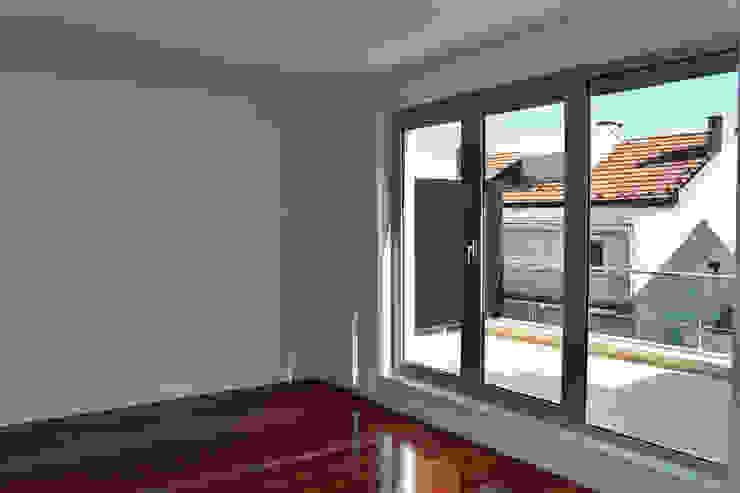 ATELIER DA CIDADE Moderne Wohnzimmer