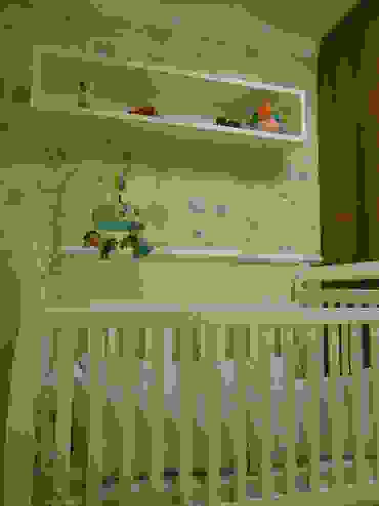Modern nursery/kids room by Angela Ognibeni Arquitetura e Interiores Modern
