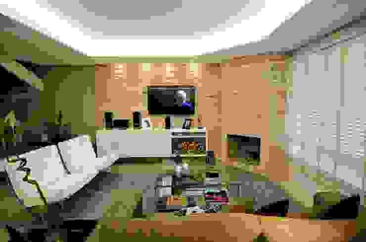 Salas modernas de Angela Ognibeni Arquitetura e Interiores Moderno