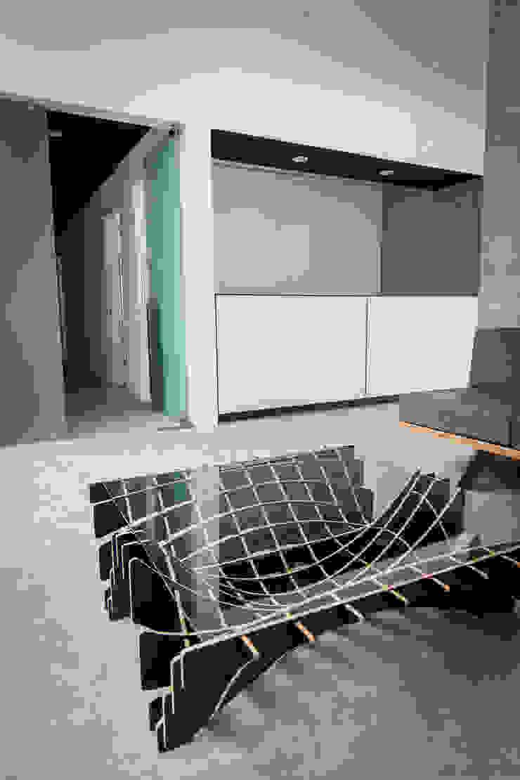 PRO-MEDICA Salones minimalistas de Estudio Tresuncuarto Minimalista