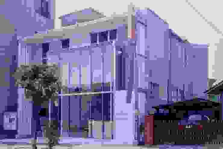 有限会社加々美明建築設計室 現代房屋設計點子、靈感 & 圖片