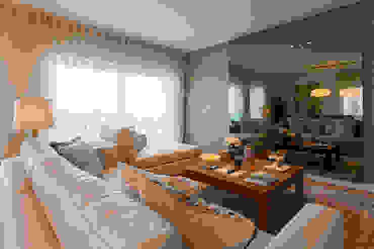 Sala Comum_televisão desligada Salas de estar modernas por Traço Magenta - Design de Interiores Moderno