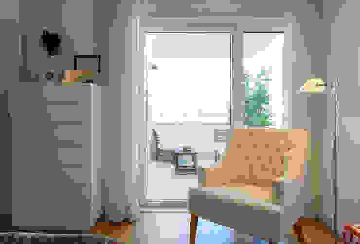 Suite do Casal_vista para a varanda Quartos modernos por Traço Magenta - Design de Interiores Moderno