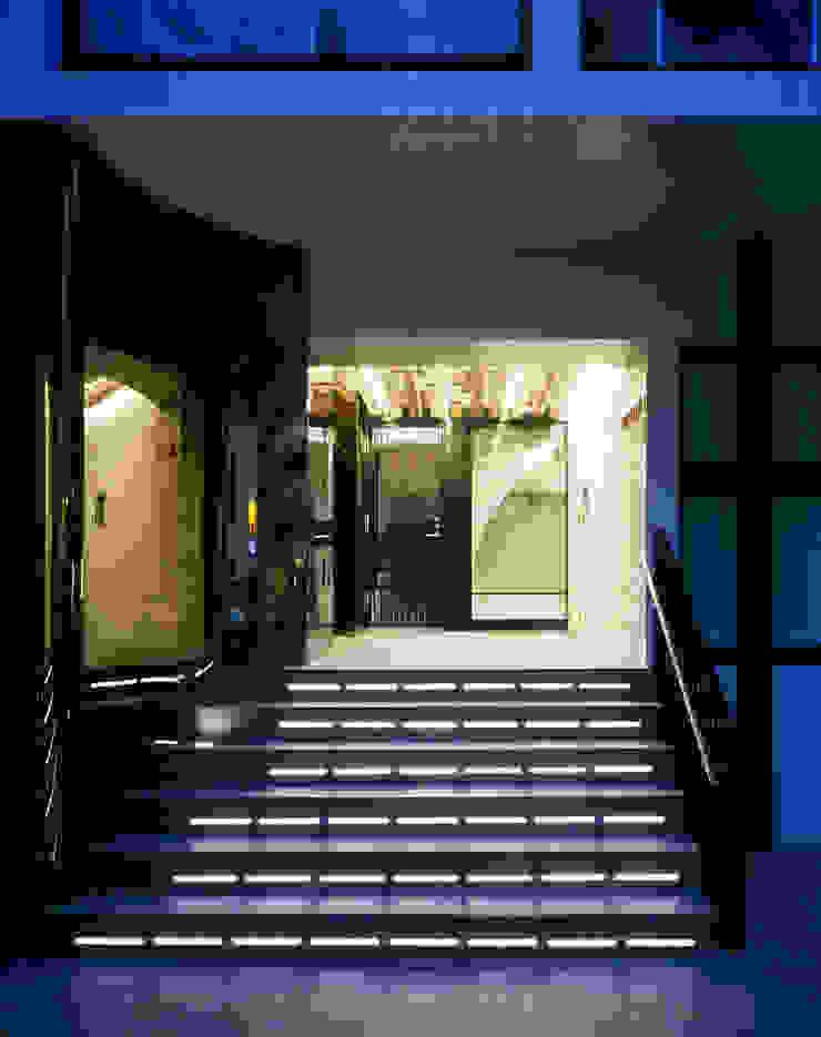 プラザレジデンス8 モダンな 家 の 片岡直樹設備設計一級建築士事務所 モダン