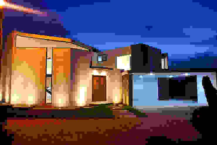منازل تنفيذ Narda Davila arquitectura