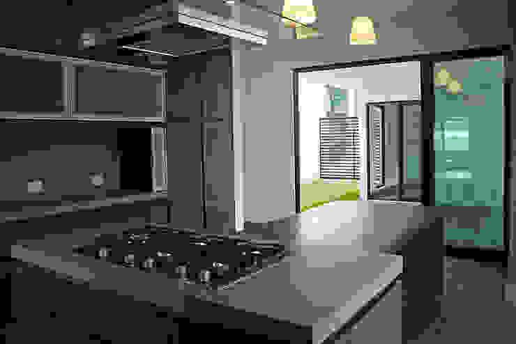 Narda Davila arquitectura Modern kitchen Wood Wood effect