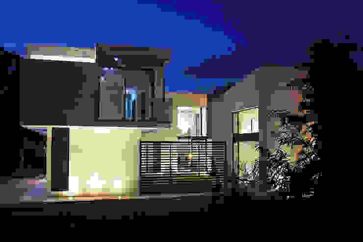 Narda Davila arquitectura Modern houses Glass White