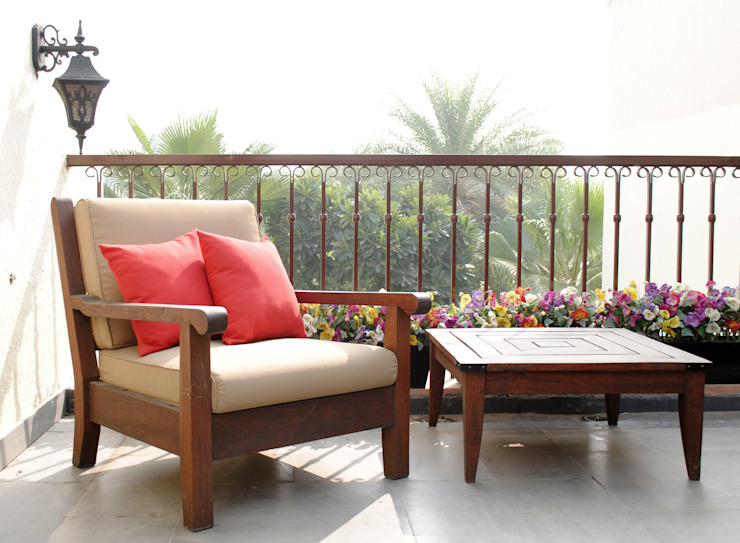 Balcony Design, Greater Noida Rustic style balcony, veranda & terrace by H5 Interior Design Rustic