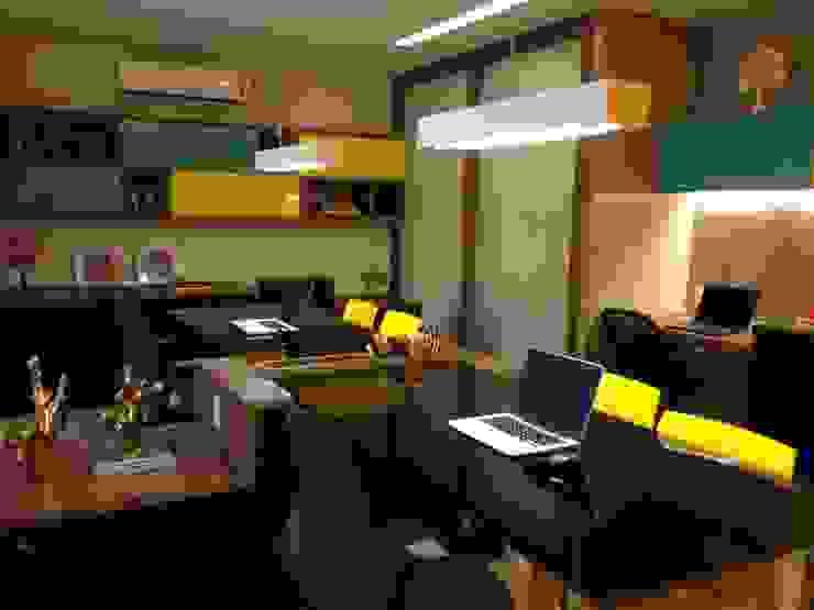 Escritório de arquitetura Edifícios comerciais modernos por Arquiteta Raquel de Castro Moderno