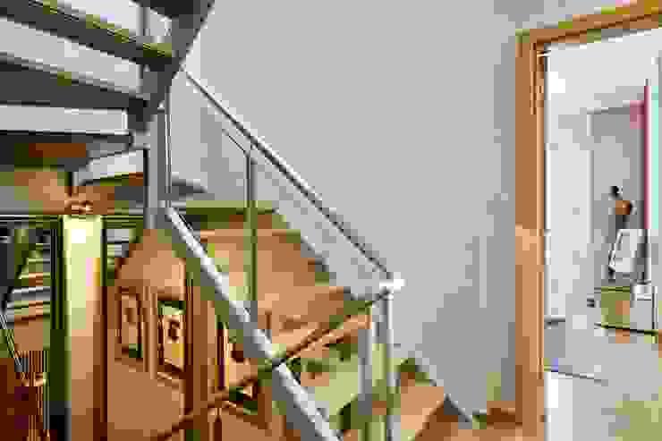 Pasillos y vestíbulos de estilo  por 3L, Arquitectura e Remodelação de Interiores, Lda