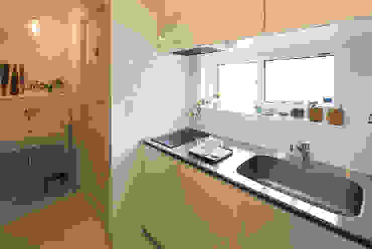 15坪の平屋のリフォーム 北欧デザインの キッチン の デザインプラネッツ一級建築士事務所 北欧