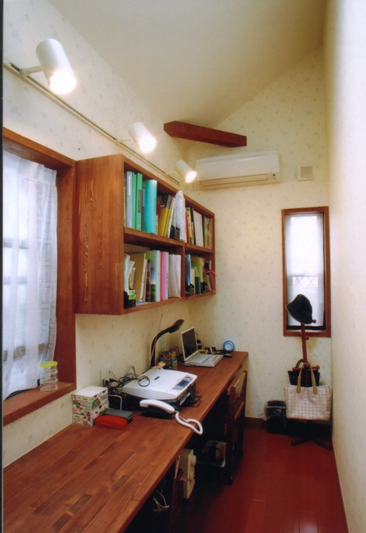 夙川の家 モダンデザインの 書斎 の 株式会社 atelier waon モダン